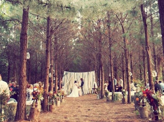 Được người yêu cũ mời dự đám cưới, nên đi hay không? - Ảnh 2.