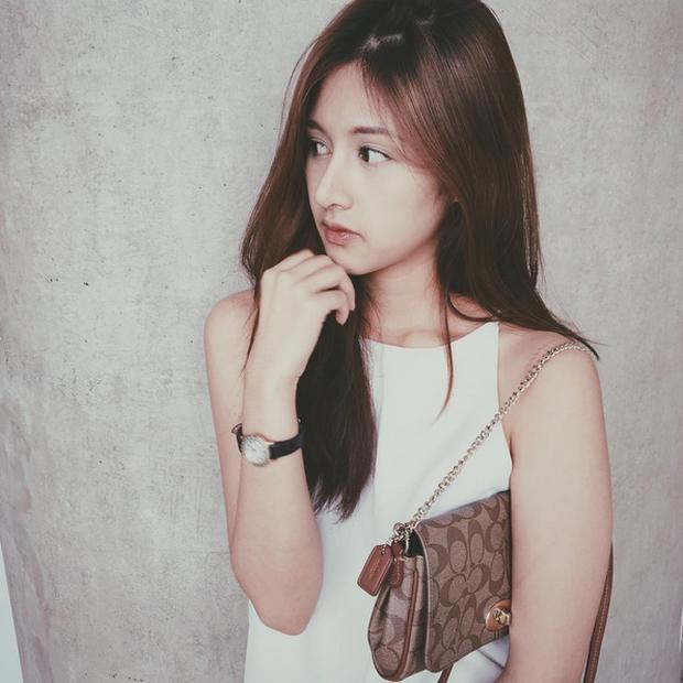 Đây là hot girl Thái Lan được nhận xét có gương mặt giống Quỳnh Anh Shyn đến 80%! - Ảnh 3.