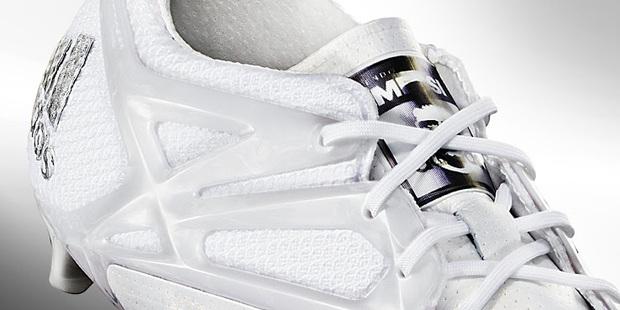 Adidas tặng Messi giày thửa tuyệt đẹp mừng Quả bóng vàng FIFA - Ảnh 6.