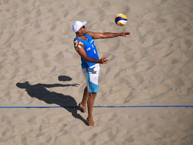 Thánh bóng chuyền gây sốt ở Olympic Rio - Ảnh 2.