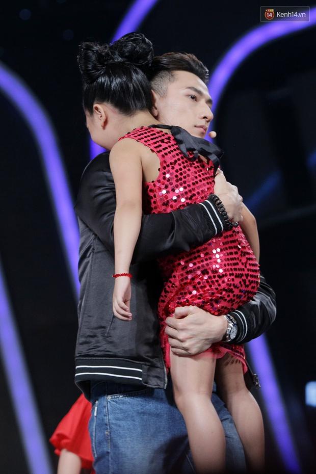Idol nhí: Big Bang nhí quẩy tung sân khấu, em út Diệp Nhi bất ngờ ra về - Ảnh 23.