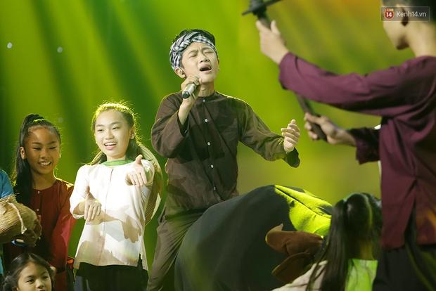 Đây là 3 gương mặt tranh ngôi Quán quân Giọng hát Việt nhí 2016! - Ảnh 23.