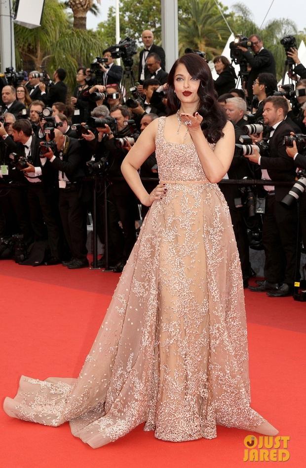 Sao Điều tuyệt vời nhất của chúng ta xuất hiện cùng bạn gái tin đồn ở Cannes - Ảnh 7.