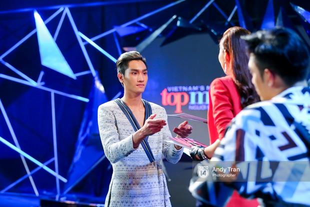 Next Top Model: Duy Minh bị loại, Thiếu Lan khóc hết nước mắt và nhập viện - Ảnh 5.
