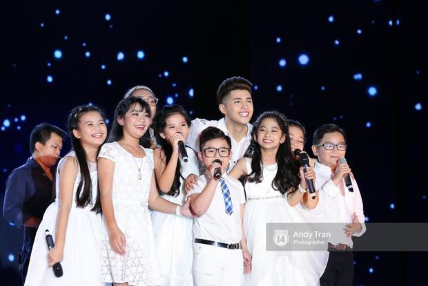 Noo Phước Thịnh khẳng định đẳng cấp với Live Concert 35.000 khán giả - Ảnh 19.