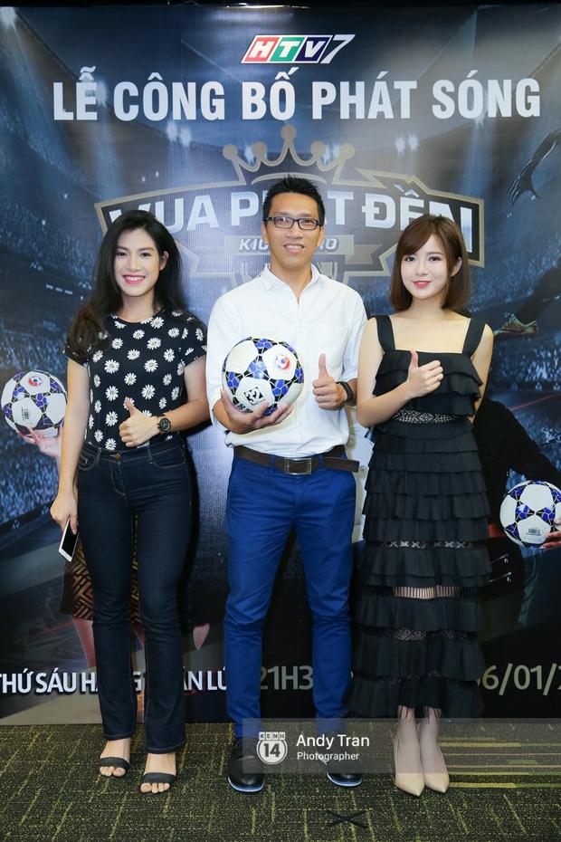 Hot girl Tú Linh M.U cực xinh trong buổi ra mắt gameshow bóng đá - Ảnh 8.