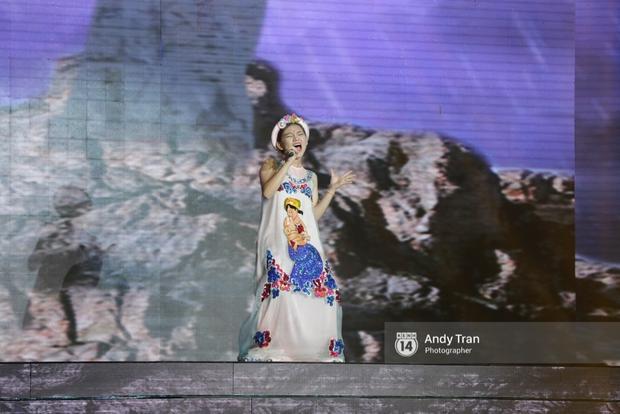 X-Factor: Diva Thanh Lam nhường hit cho cô bé 17 tuổi đúng ngày sinh nhật - Ảnh 6.