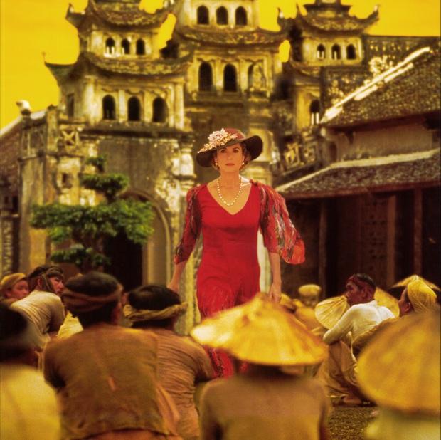 Đông Dương - Người Việt cũng phải ngỡ ngàng với cảnh Việt trong phim 24 năm về trước - Ảnh 1.