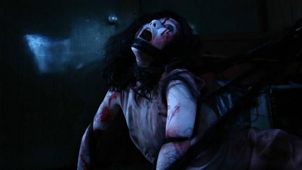 Sadako vs. Kayako - Khi Ma Nữ Đại Chiến, nỗi sợ nhân đôi - Ảnh 4.