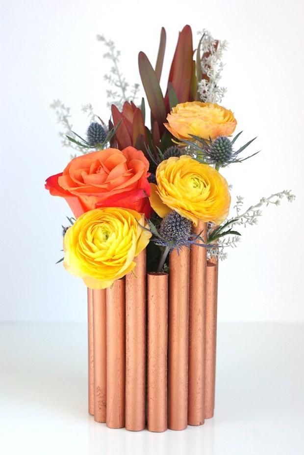 Lọ hoa ống đồng trông sang chảnh mà ai làm cũng được - Ảnh 9.