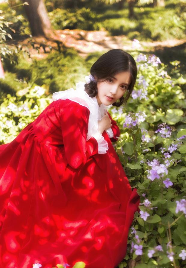 Nữ thần mới với vẻ đẹp thanh thoát khiến cư dân mạng Trung Quốc đổ rạp - Ảnh 2.