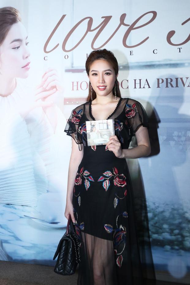 Bị Tiên Cookie la, Hồ Ngọc Hà công khai gửi lời xin lỗi giữa đêm nhạc đặc biệt - Ảnh 22.