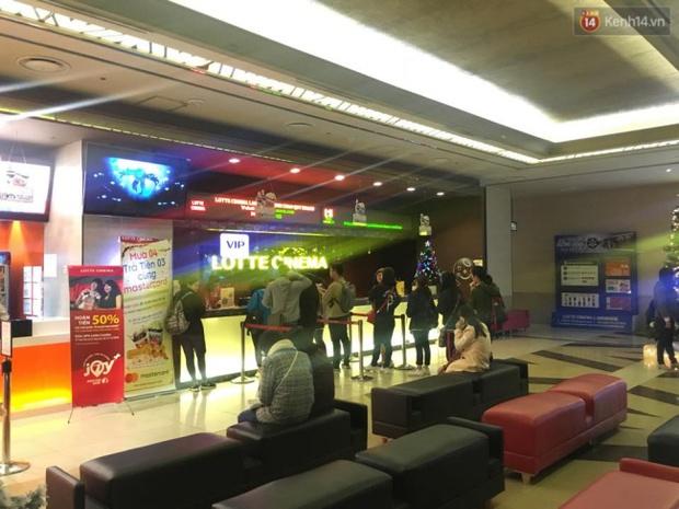 Tạm dừng hoạt động phòng chiếu phim có mảng trần rơi khiến cô gái trẻ nhập viện ở Lotte Keangnam - Ảnh 3.