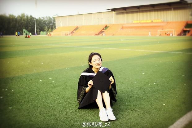 Loạt ảnh những nữ thần giảng đường Trung Quốc xinh như mơ trong ngày tốt nghiệp - Ảnh 13.
