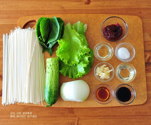 Công thức mì trộn chua cay kiểu Hàn ăn ngon đừng hỏi - Ảnh 1.
