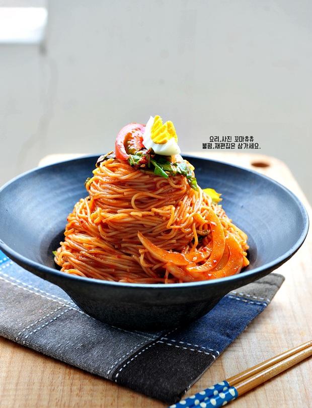 Công thức mì trộn chua cay kiểu Hàn ăn ngon đừng hỏi - Ảnh 9.