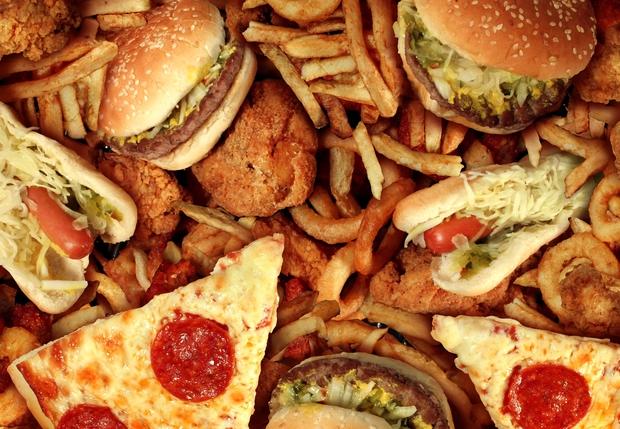 Tác hại khủng khiếp chưa bao giờ được biết đến khi ăn fastfood - Ảnh 3.