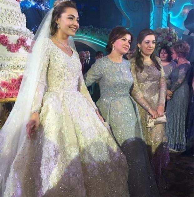 Nghẹt thở trước độ xa hoa trong đám cưới hơn 22.000 tỷ của Lọ Lem phiên bản đời thực - Ảnh 11.