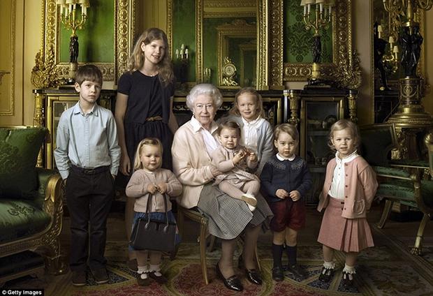 Mia Tindall - cô công chúa nhỏ đáng yêu của hoàng gia Anh - Ảnh 1.