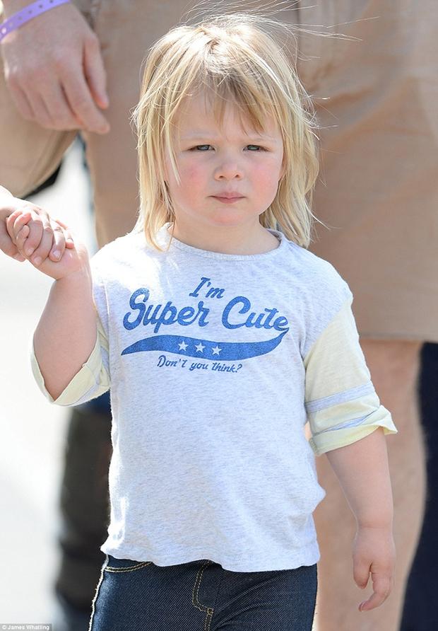 Mia Tindall - cô công chúa nhỏ đáng yêu của hoàng gia Anh - Ảnh 8.