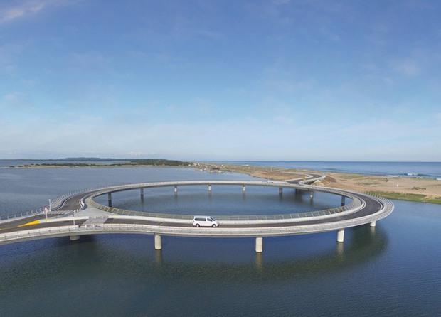 Kỳ lạ cây cầu hình tròn vừa đi vừa ngắm cảnh tại Uruguay - Ảnh 5.