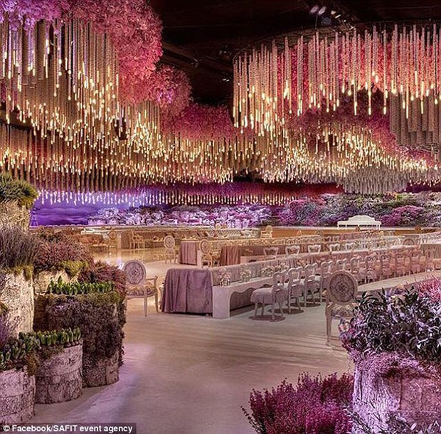 Nghẹt thở trước độ xa hoa trong đám cưới hơn 22.000 tỷ của Lọ Lem phiên bản đời thực - Ảnh 6.