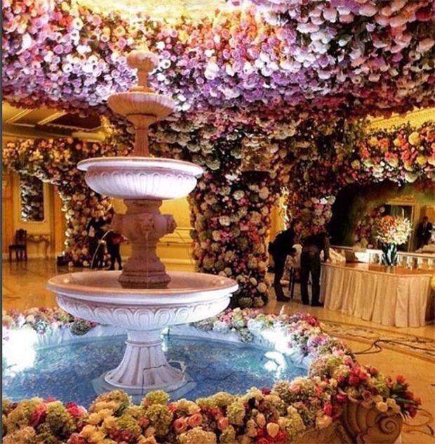 Nghẹt thở trước độ xa hoa trong đám cưới hơn 22.000 tỷ của Lọ Lem phiên bản đời thực - Ảnh 7.