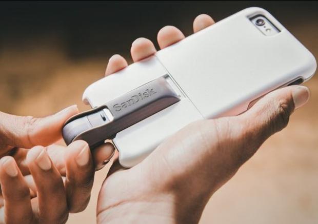 Chiếc ốp lưng xếp hình thêm một đống tính năng cho iPhone - Ảnh 5.