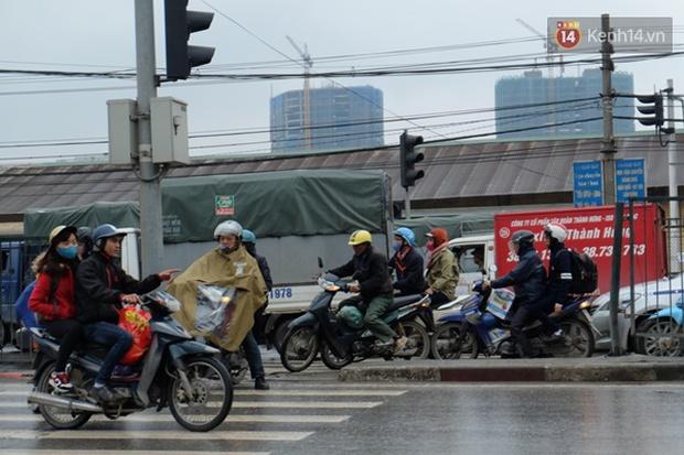 Ám ảnh tắc đường ở thủ đô những ngày giáp tết - Ảnh 6.