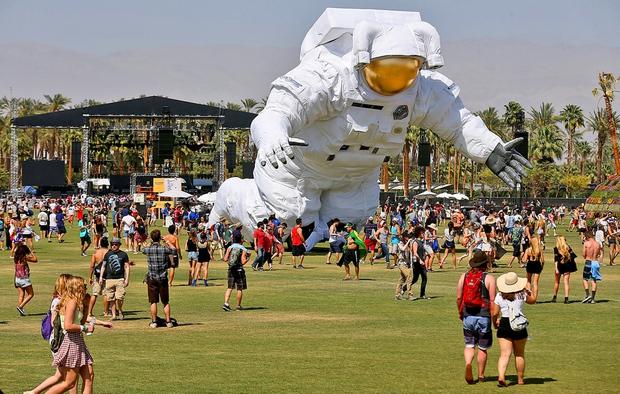 Calvin Harris là 1 trong 3 nghệ sĩ tiêu điểm của Coachella 2016 - Ảnh 6.
