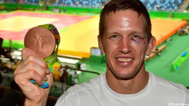 Cà khịa đánh nhau với lễ tân khách sạn, võ sĩ Judo giành HCĐ Olympic nhận kết cục cay đắng - Ảnh 1.