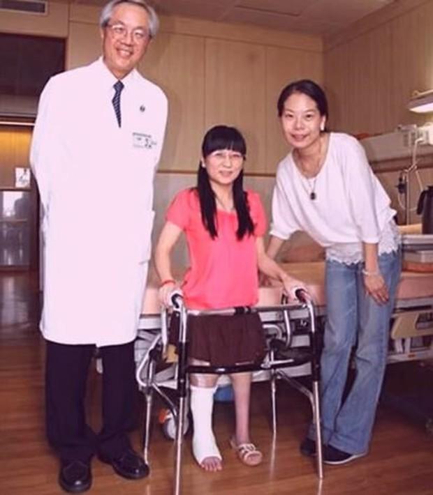 Có ít nhất 80.000 người trên Trái đất đang buộc phải đi bằng 4 chân vì căn bệnh này - Ảnh 6.