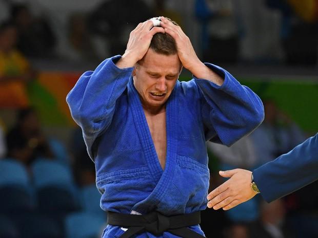 Cà khịa đánh nhau với lễ tân khách sạn, võ sĩ Judo giành HCĐ Olympic nhận kết cục cay đắng - Ảnh 2.