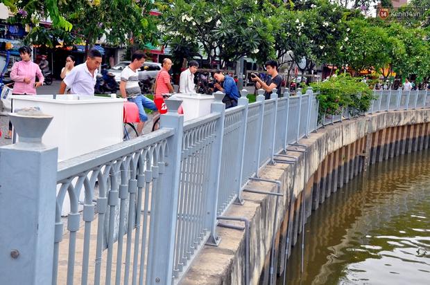 Người Sài Gòn hào hứng với máy tập thể dục kiêm lọc nước làm sạch kênh Nhiêu Lộc - Thị Nghè - Ảnh 9.