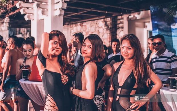 Pool party cuối tuần - Con gái Hà Nội, khi muốn sexy thì cũng sexy hết cỡ! - Ảnh 8.
