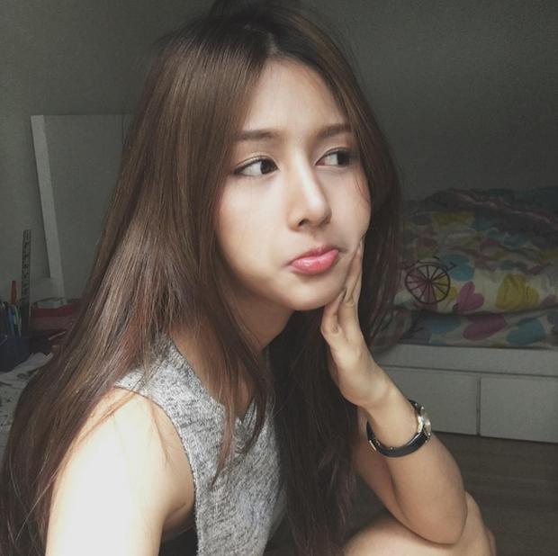 Đây là hot girl Thái Lan được nhận xét có gương mặt giống Quỳnh Anh Shyn đến 80%! - Ảnh 14.
