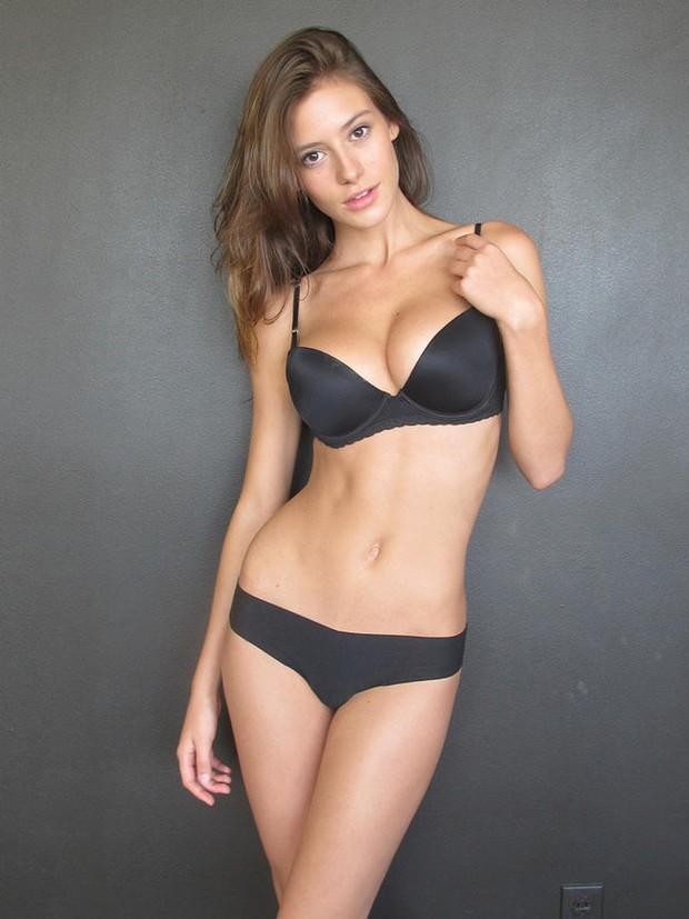 Hoa hậu Mexico dự thi Miss World 2016 bị lộ ảnh khỏa thân - Ảnh 2.