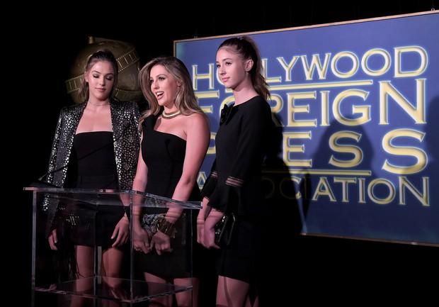 3 mỹ nữ nhà Rambo cùng dàn người đẹp Hollywood khoe váy áo lộng lẫy tại sự kiện - Ảnh 3.