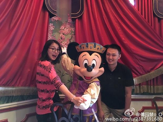 Sau Olympic Rio, cô nàng kình ngư Trung Quốc với biểu cảm hài khó đỡ trở thành tâm điểm của báo chí - Ảnh 5.