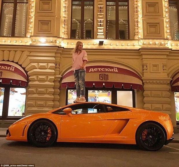 Dù có chuyện gì xảy ra, hội con nhà giàu nước Nga vẫn tích cực khoe của - Ảnh 16.
