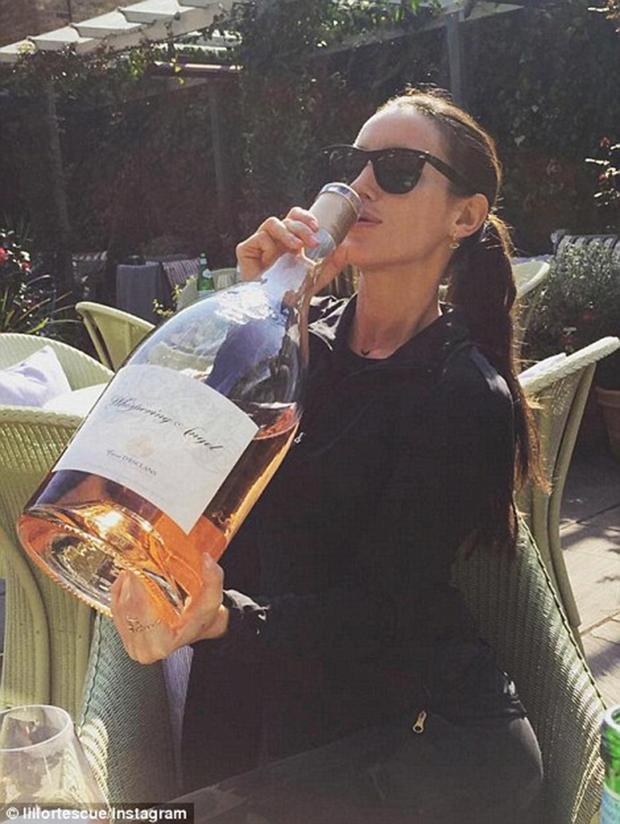 Phát hờn với độ chịu chơi của hội con nhà giàu trên Instagram khi đi nghỉ hè - Ảnh 3.