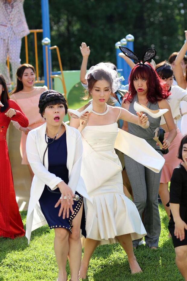 4 bộ phim Việt có màn đầu tư trang phục gây ấn tượng cho người xem - Ảnh 11.
