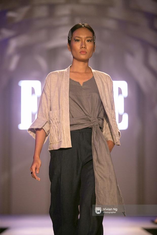 Phải nhập viện vào phút chót, Mai Ngô vẫn không bỏ lỡ cơ hội đọ trình catwalk với Phí Phương Anh trong Elle Fashion Show - Ảnh 40.