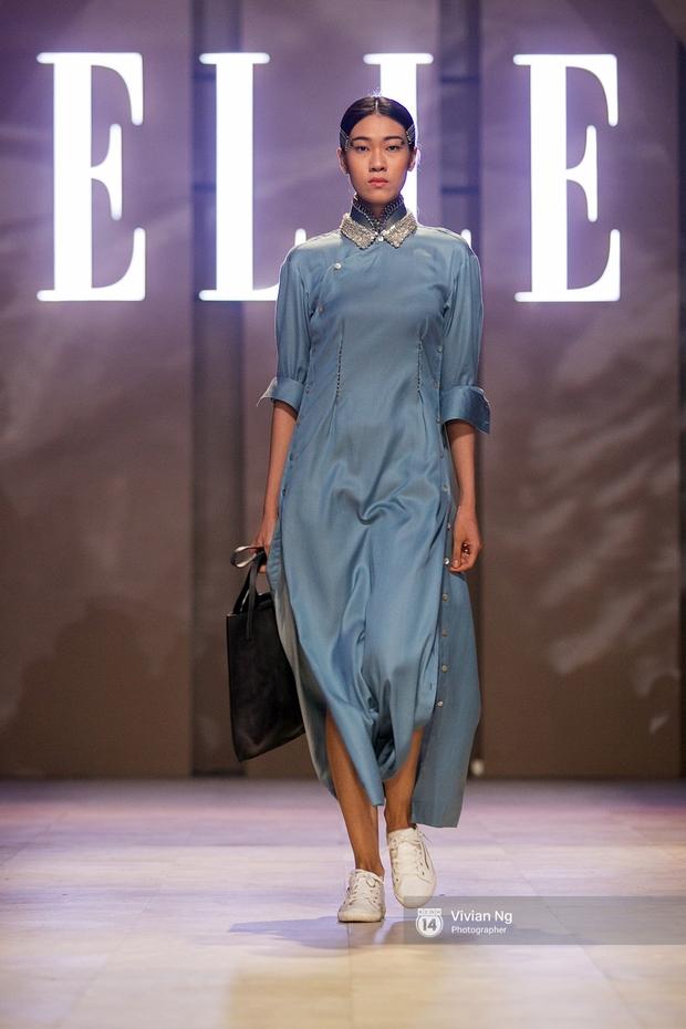 Phải nhập viện vào phút chót, Mai Ngô vẫn không bỏ lỡ cơ hội đọ trình catwalk với Phí Phương Anh trong Elle Fashion Show - Ảnh 43.