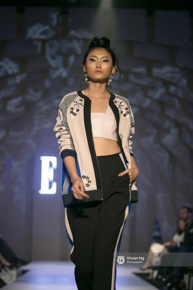 Phải nhập viện vào phút chót, Mai Ngô vẫn không bỏ lỡ cơ hội đọ trình catwalk với Phí Phương Anh trong Elle Fashion Show - Ảnh 50.