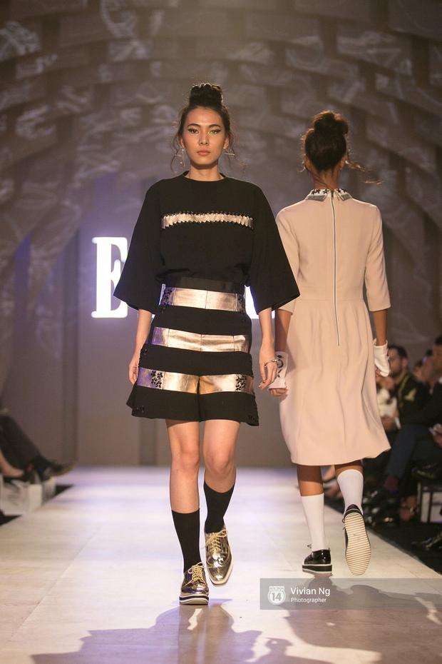 Phải nhập viện vào phút chót, Mai Ngô vẫn không bỏ lỡ cơ hội đọ trình catwalk với Phí Phương Anh trong Elle Fashion Show - Ảnh 54.