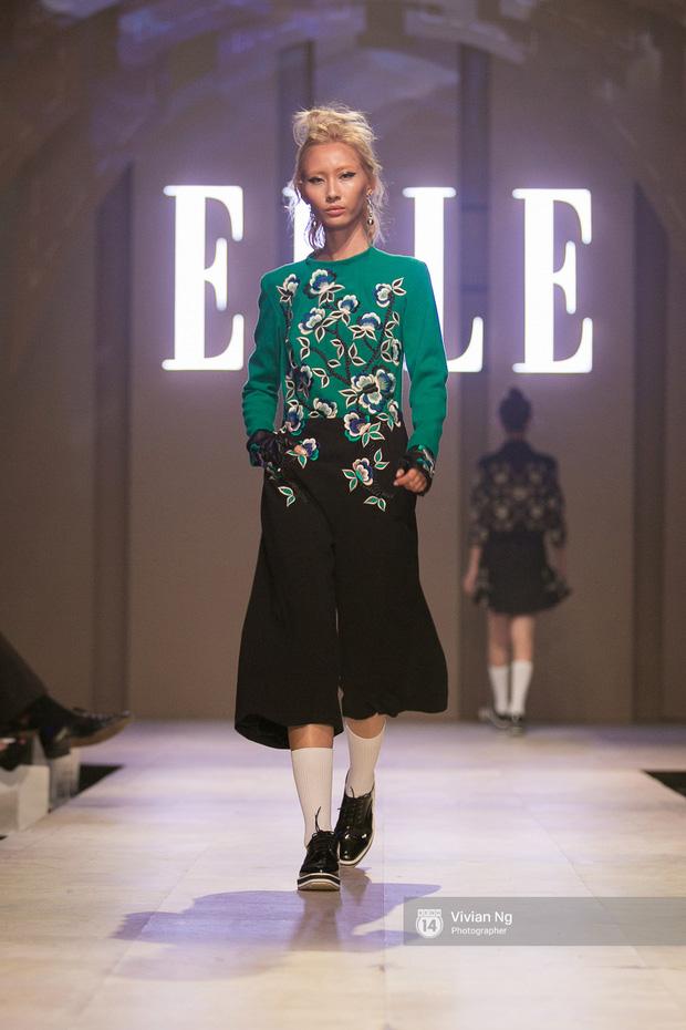 Phải nhập viện vào phút chót, Mai Ngô vẫn không bỏ lỡ cơ hội đọ trình catwalk với Phí Phương Anh trong Elle Fashion Show - Ảnh 59.