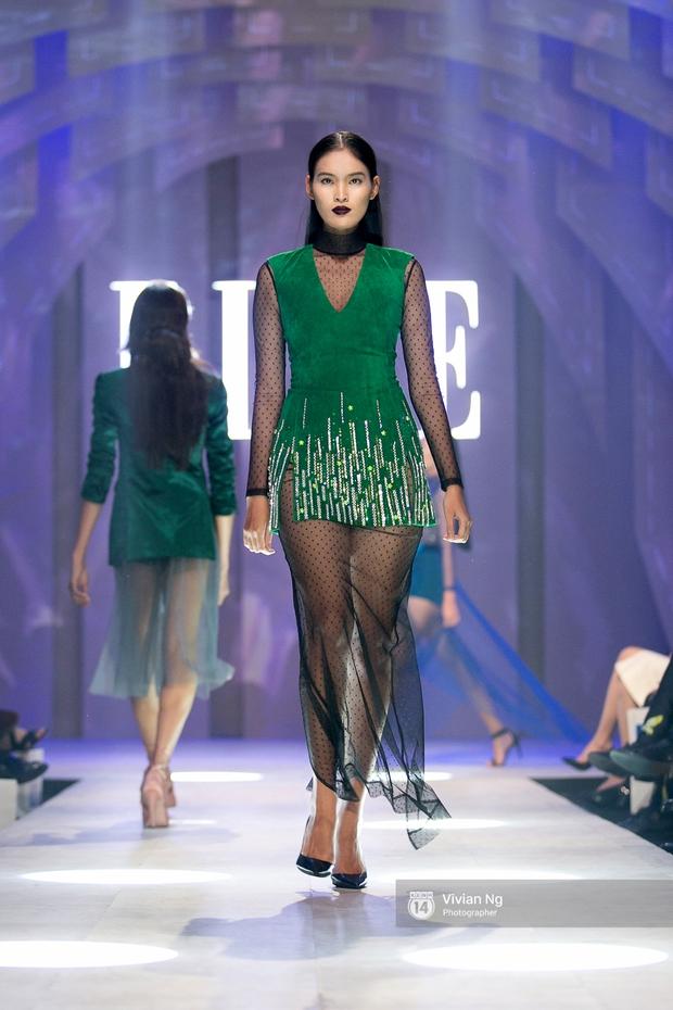 Phải nhập viện vào phút chót, Mai Ngô vẫn không bỏ lỡ cơ hội đọ trình catwalk với Phí Phương Anh trong Elle Fashion Show - Ảnh 21.