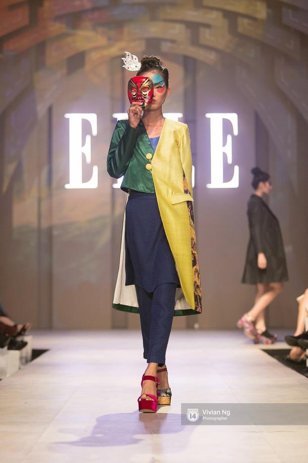 Phải nhập viện vào phút chót, Mai Ngô vẫn không bỏ lỡ cơ hội đọ trình catwalk với Phí Phương Anh trong Elle Fashion Show - Ảnh 34.