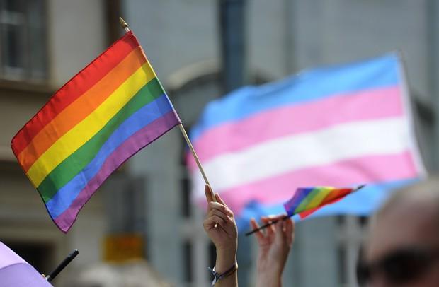 Từ vụ xả súng hộp đêm Pulse: Sự kì thị người đồng tính vẫn bủa vây, cả bên trong và bên ngoài nước Mỹ - Ảnh 2.